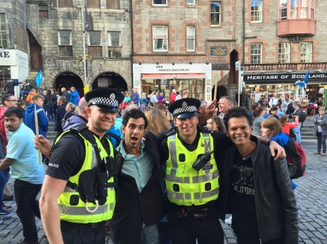 Friendly Scottish policemen